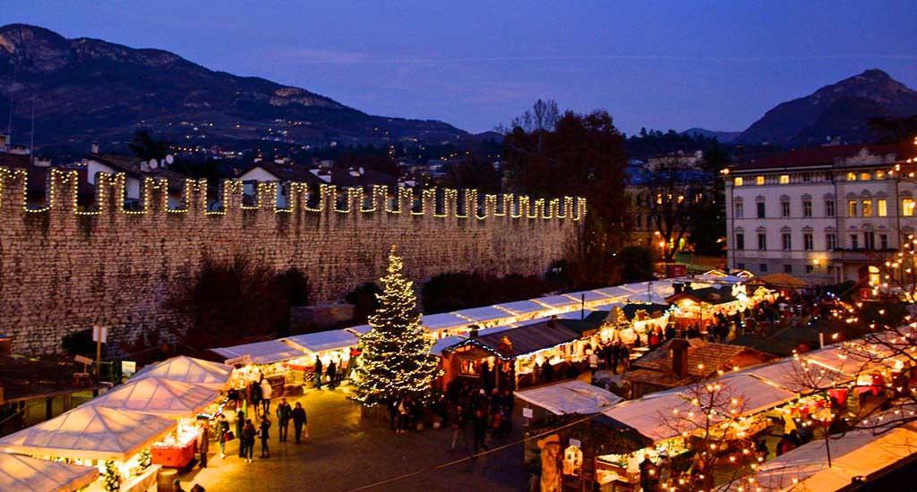 Natale A Trento.Gita Ai Mercatini Di Trento Feshion